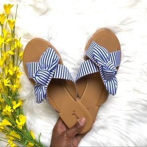 Super Cute Bow Tie Sandals